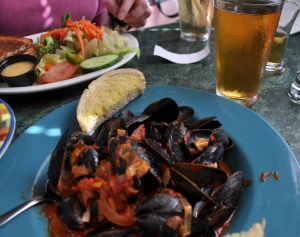 Eco-unfriendly PEI mussels and jalapeno lager. Note the absence of any head.